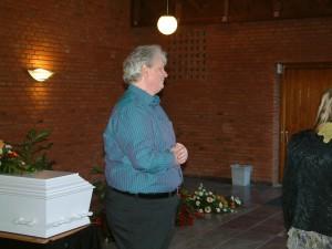 Bo Voigt ved faderens begravelse 2011